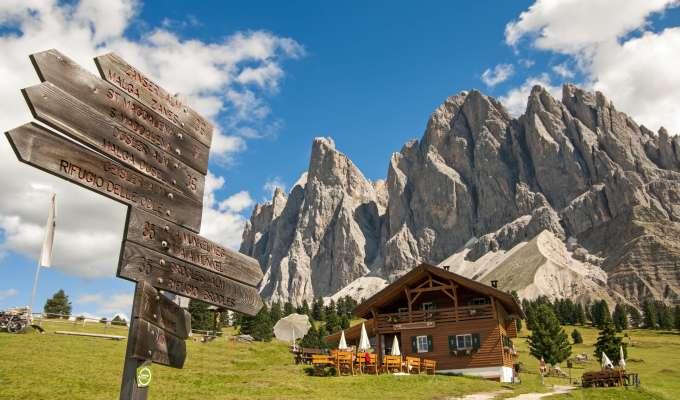 Trekking i Dolomiterna