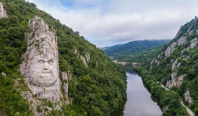 Syv land og fem hovedsteder langs Donau fra Wien til Bucuresti
