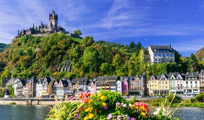 Elvecruise på Rhinen – slott, middelalderbyer og legender