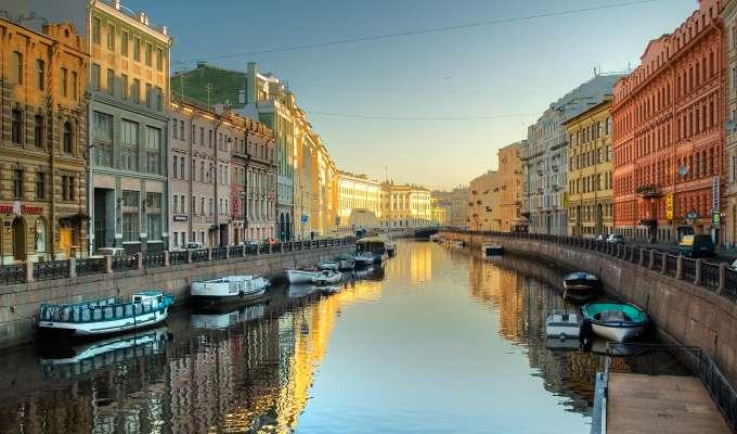 Elvecruise fra Moskva til St. Petersburg