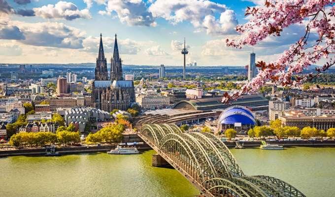 Fire land langs Rhinen